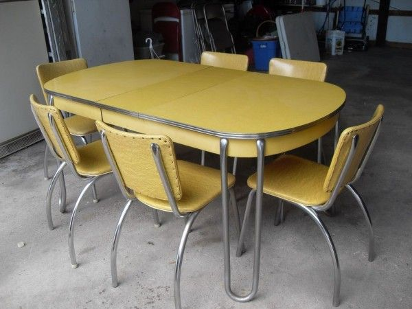 Yellow Formica Table On Vintage Design Vintage Kitchen Table Retro Kitchen Tables Kitchen Table Settings