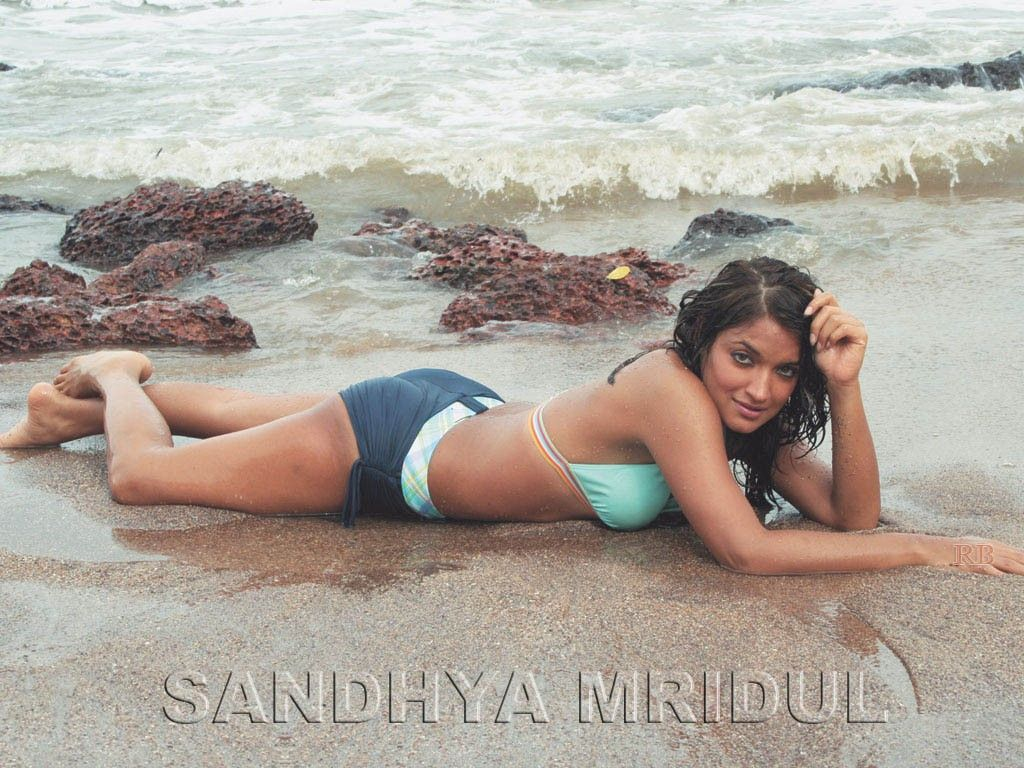 sandhya mridul bikini photo - http://www.newiphonewallpapers