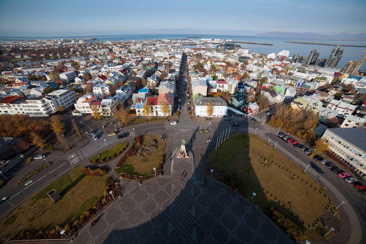 http://www.planet-tv.de/highlights-archiv/juni/jon-gnarr-mein-reykjavik.html