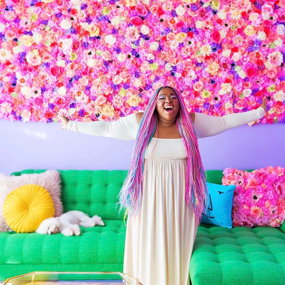 "5,138 Likes, 83 Comments - Amina Mucciolo (@studiomucci) on Instagram: ""Happy Friday, unicorns! 🎉🌸🦄 The new home tour video you've all been asking for (featuring this…"""