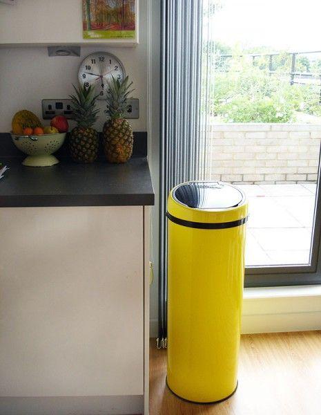 Sensé Bin, une poubelle automatique 50L jaune | made.com ...