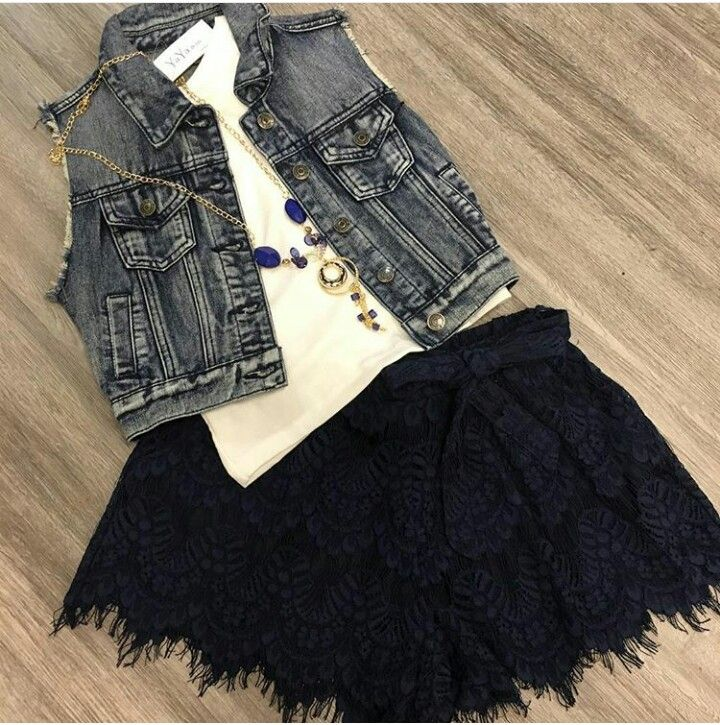 Lovely outfit from Yaya&co! yayaco.ca