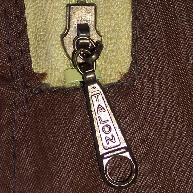 Zipper guide vintage Fendi authentication: