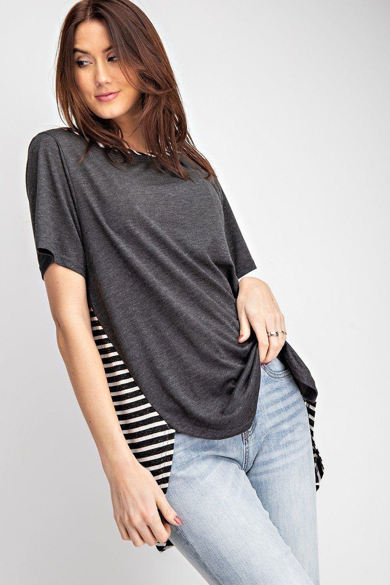 ImportedS.M.L-ULTRA SOFT AND LIGHTWEIGHT-ROUNDED HEM-HI LOW HEM65% Polyester 35% RayonBlackEAS Short Sleeves Rayon Slub Mix And Match Striped Contrast Boxy Top split MODEL HEIGHT 5'10Measurements: SIZE SLength:29