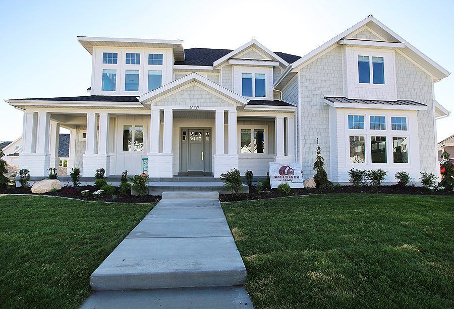 Millhaven poh 2014 landscaping in 2019 craftsman home - Exterior house paint colors 2014 ...