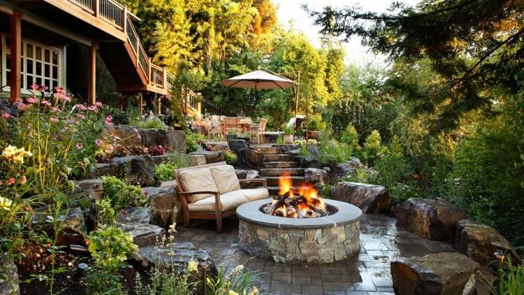 Aménagement de jardin cosy -comment créer une ambiance chaleureuse - banc en pierre pour jardin