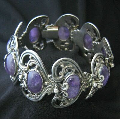 MT060 Vintage Margot de Taxco sterling silver and large amethyst quartz hinged bracelet; circa-1948 to 1978