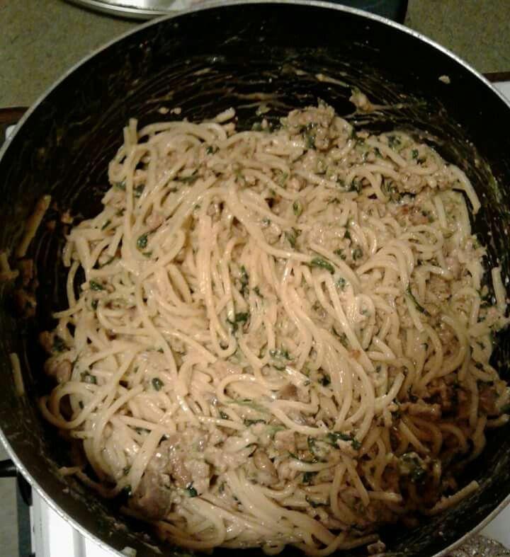 Garlic mushroom alfreado spaghetti with spinach and ground turkey