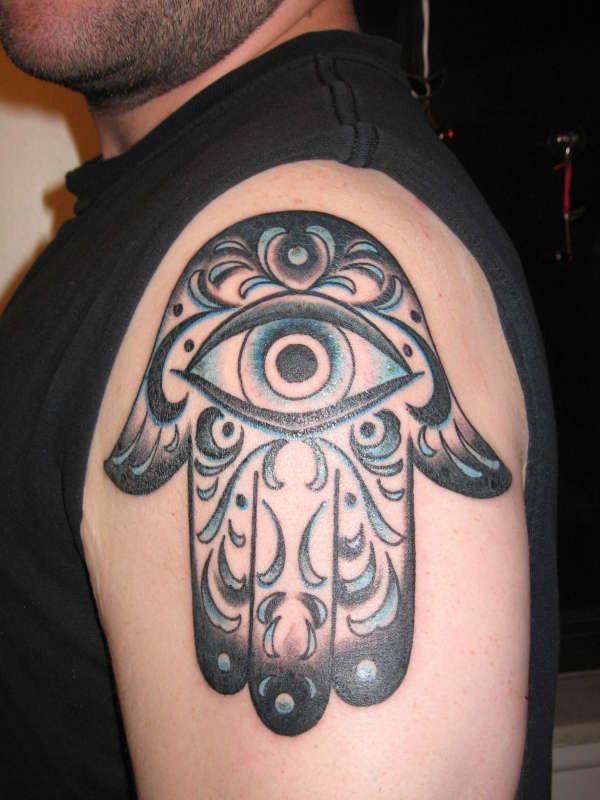 hd-tattoos.com 3d hamsa hand tattoo shoulder men ...