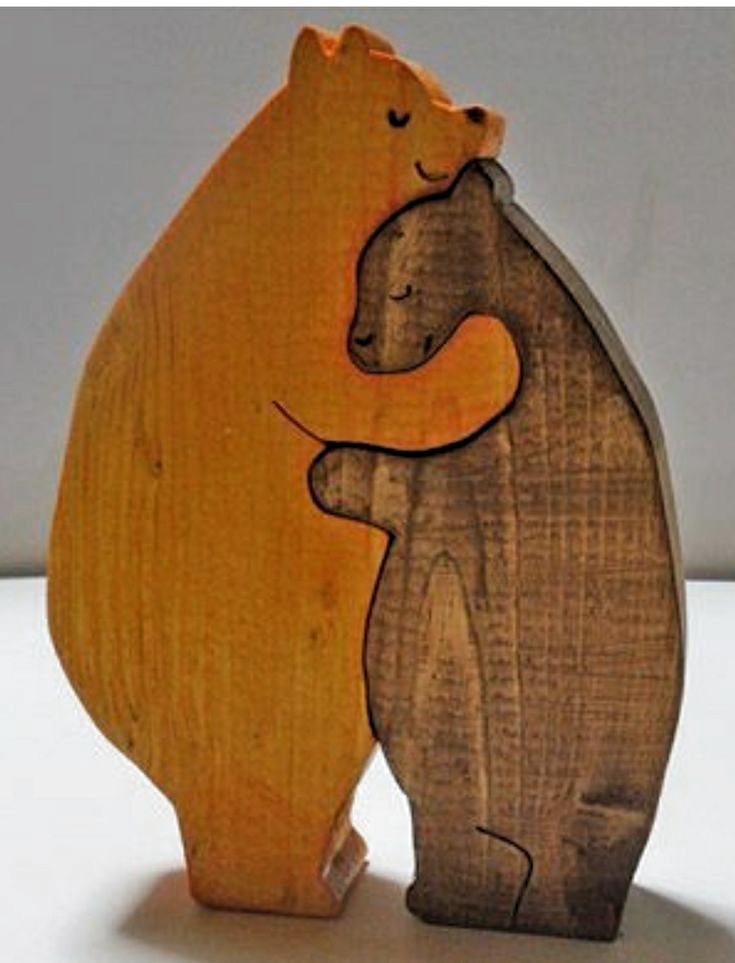 Bar Umarmt Holzerne Statue Architektur Und Kunst Bears Bar Umarmt Holzern Woodworki In 2020 Holz Basteln Weihnachten Laubsage Vorlagen Weihnachten Ostern Basteln Holz