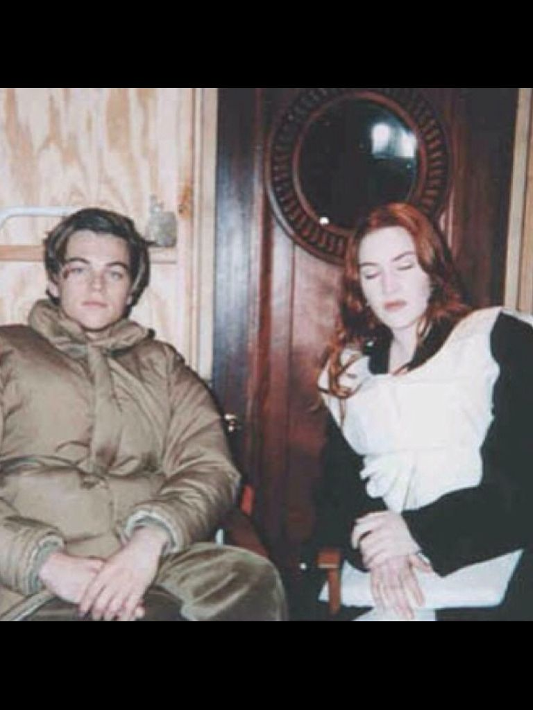 Titanic extra- Kate Winslet and Leonardo DiCaprio behind the scenes