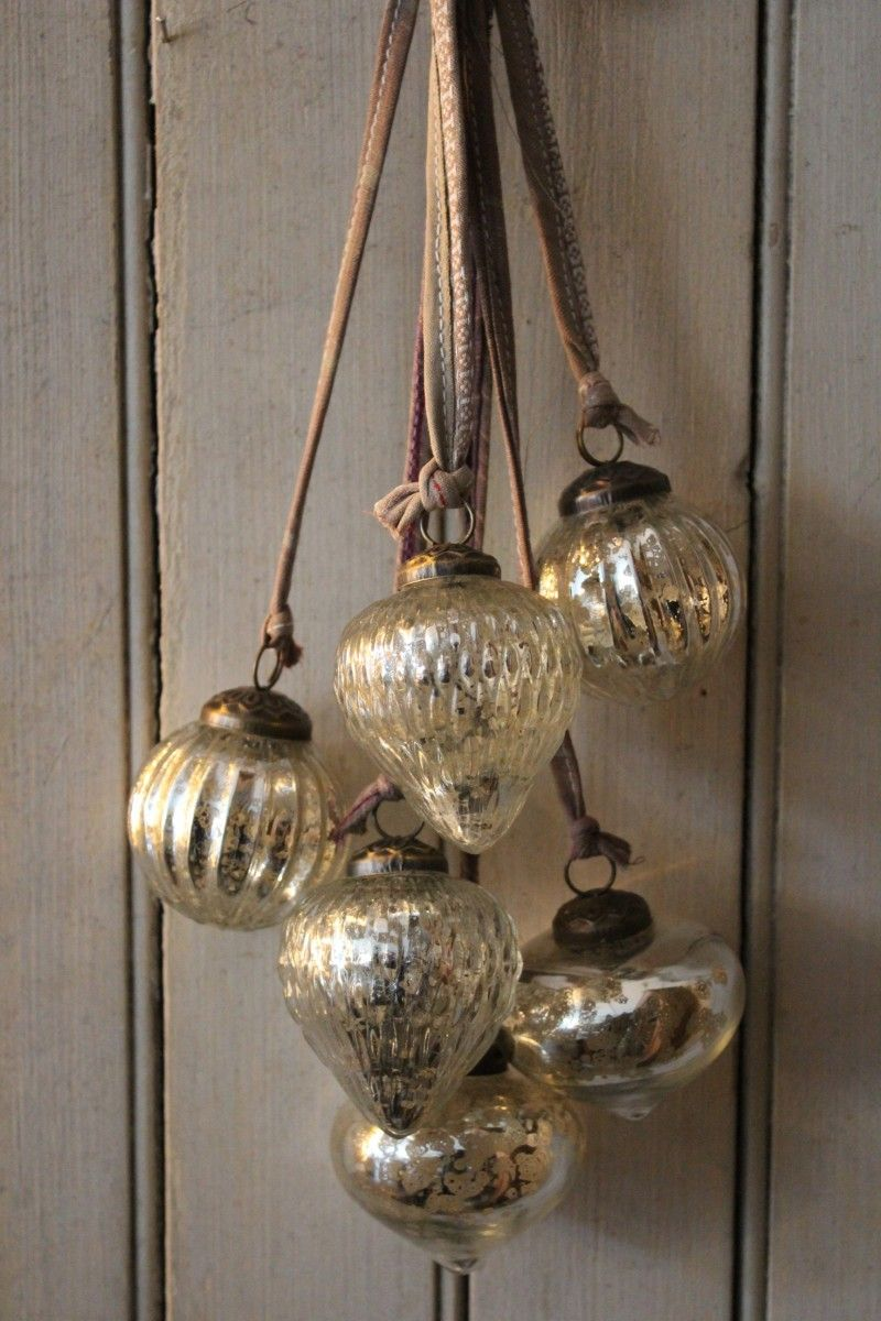 Christmas mercury glass baubles set of 8 small silver vintage style decorations