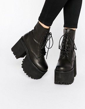 UNIF Scoshe Black Lace Up Boots | Mode