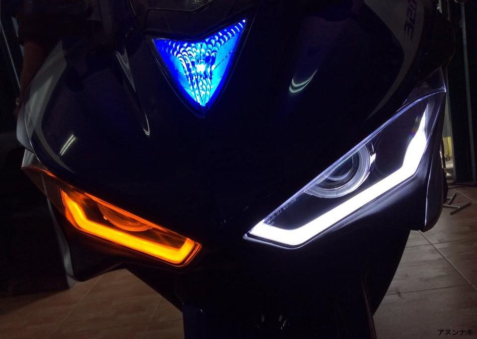 HID projector headlight for Yamaha R3, daytime running