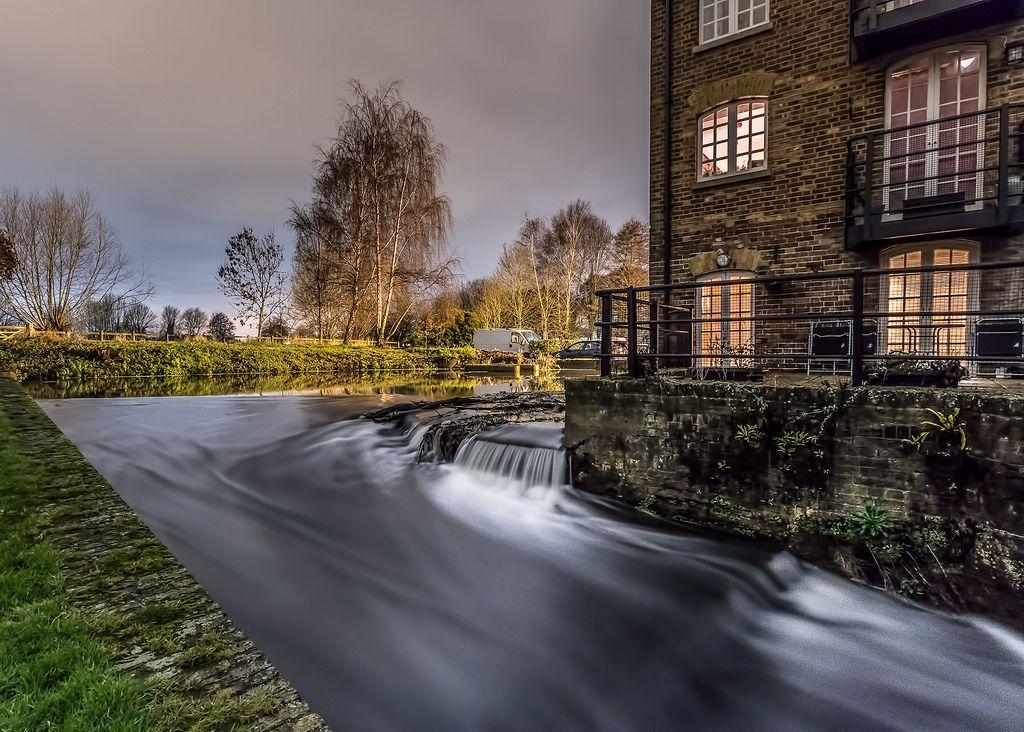 Cascade Cascade Addlestone Water Mill
