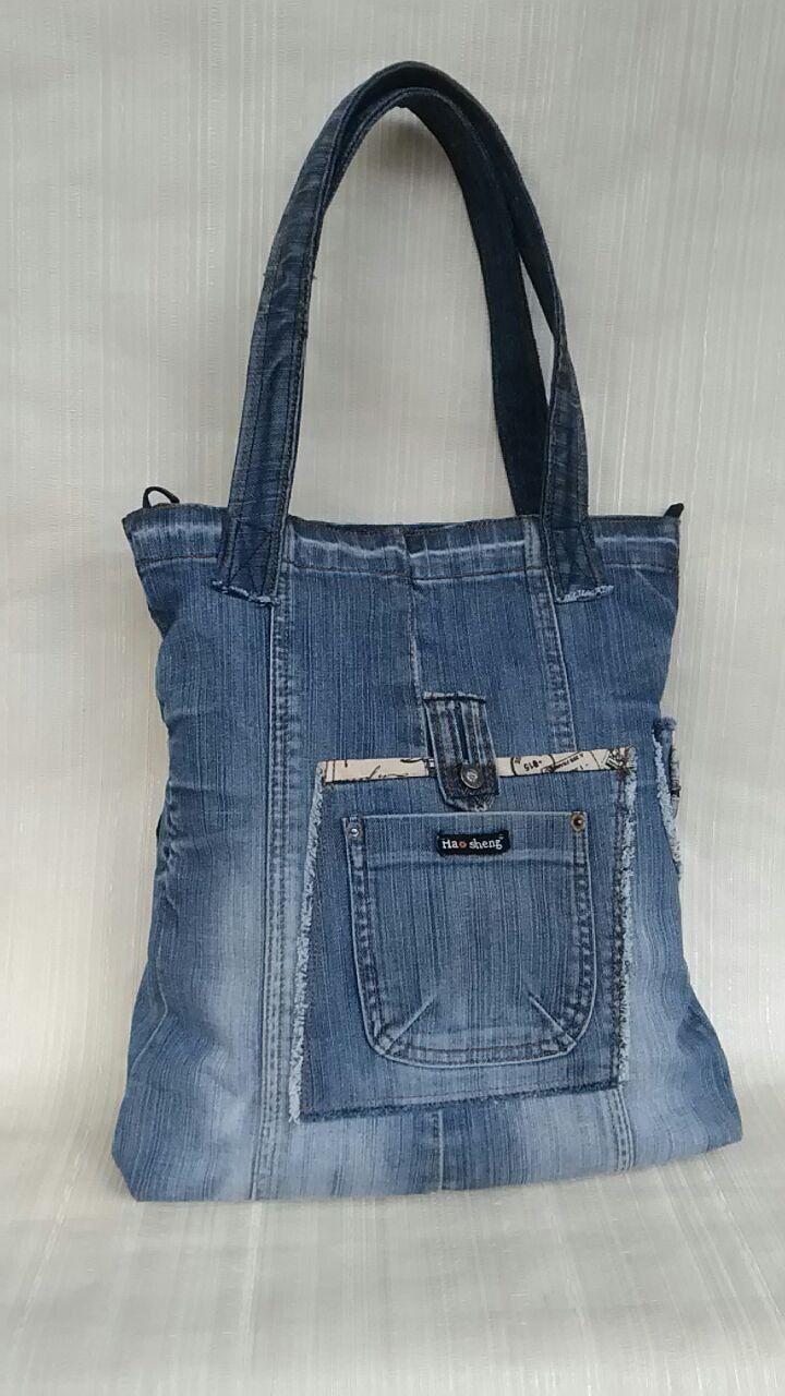 Pin di Nadia Perazzolo su borse jeans  69e8e8221b2