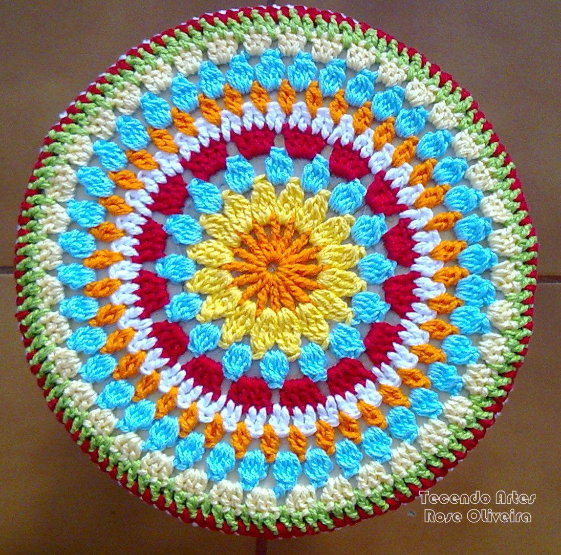 Tecendo Artes em Crochet: Capa p/ Banquinho Redondo! | Jardin ...