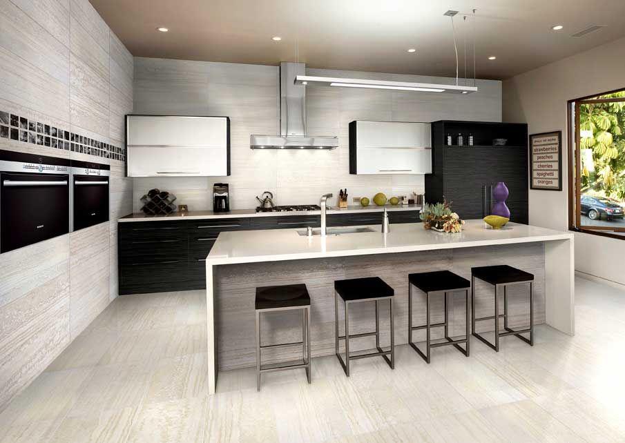 Azulejos cocina con acabado imitando al marmol travertino piso