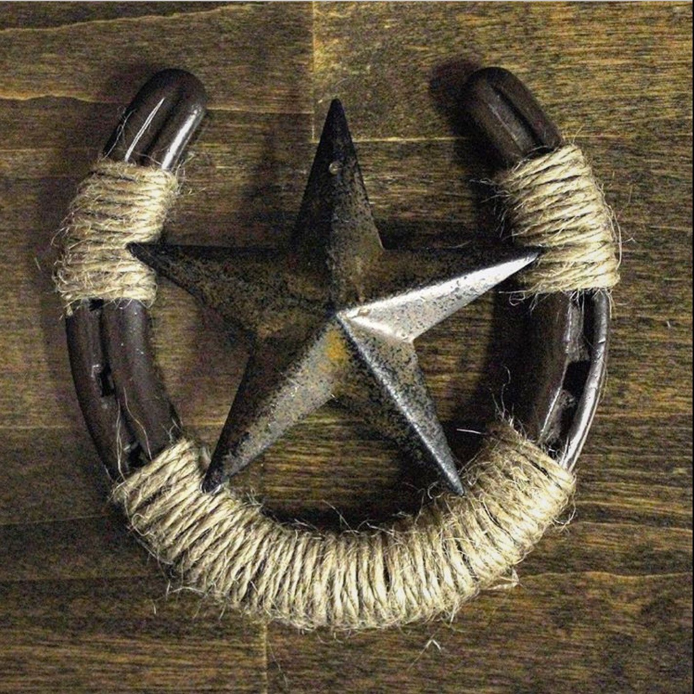 Horseshoe Wall Decor With Star Horseshoe Crafts Projects