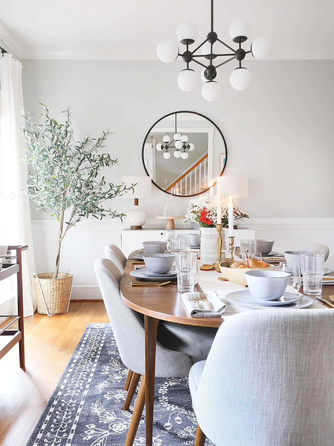 Simple Dining Room Design: My Modern & Organic Holiday Tablescape