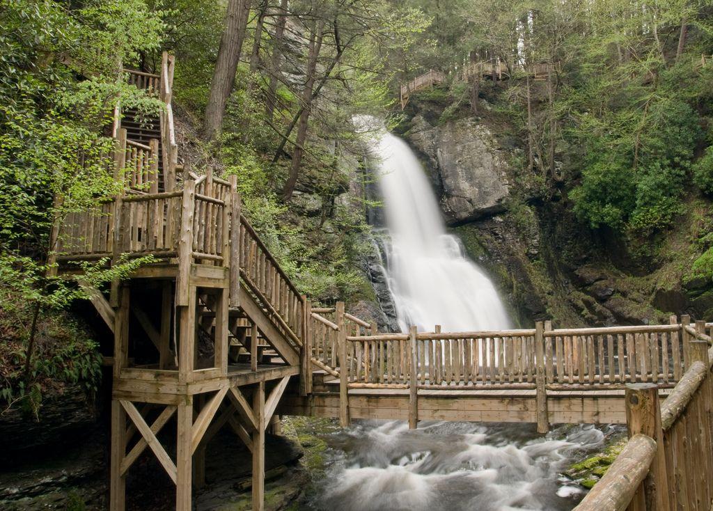 Bushkill Falls 2647 Rt 715 Tannersville Pa 18372 570 629 4100