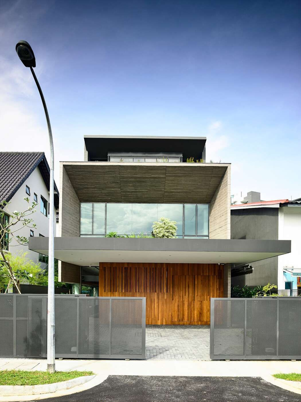 37fc House By Ong Ong House Architecture Design House House Design
