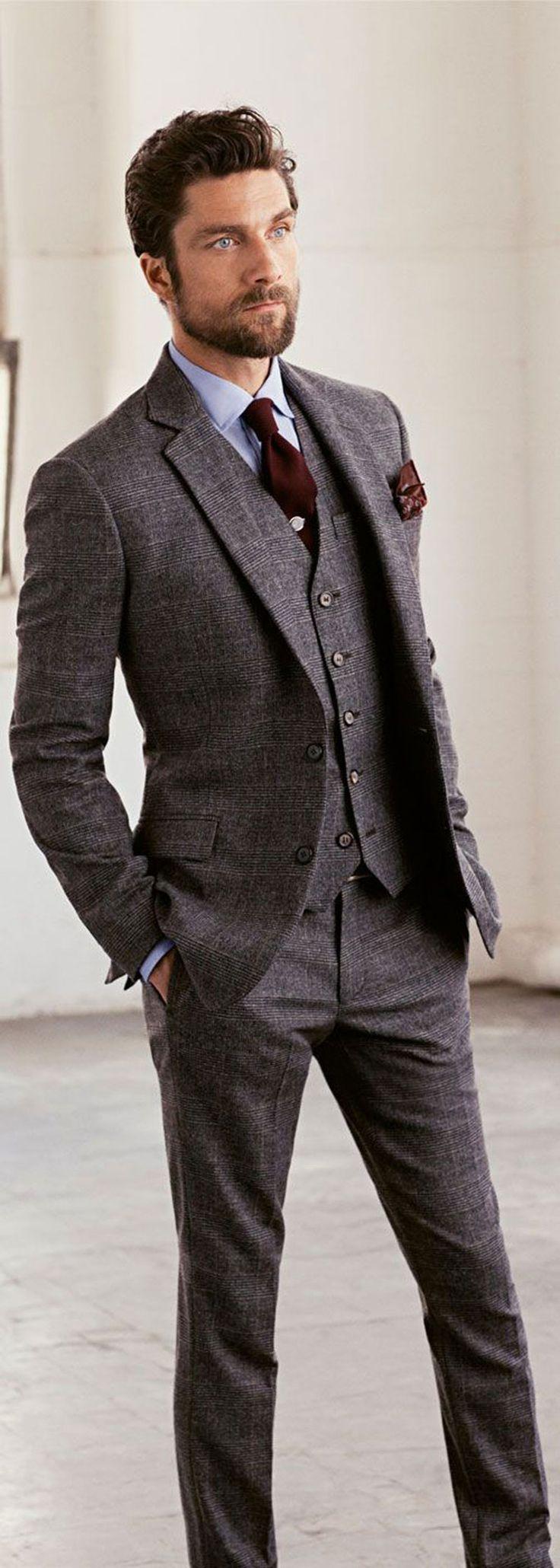 Grey Suit // fall wedding, groom, groomsmen, wedding party   Grey ...