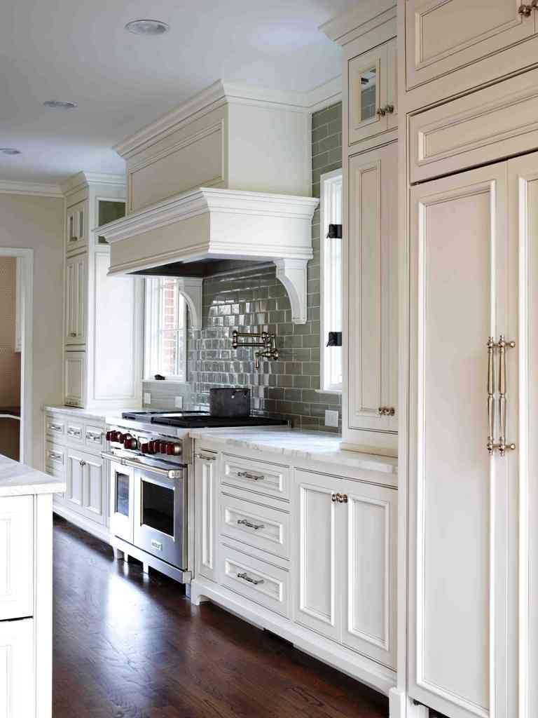 Best White Glazed Kitchen Cabinets. Elegant kitchen hood. | Kitchen ...