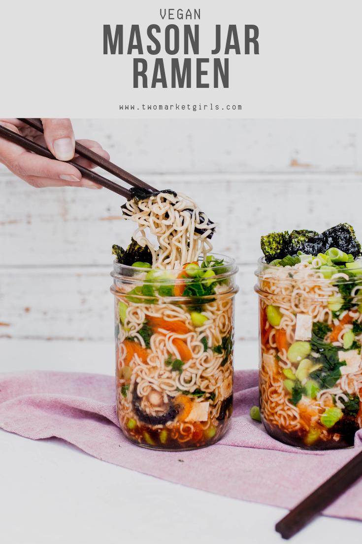 MASON JAR RAMEN >> easy vegan lunch ideas