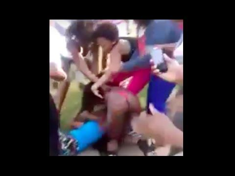 Black Girls Fight in Projects **RATCHET ATTACK** - YouTube ...