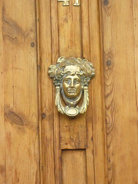 File:Door knocker, Sydney St, London (8485756844).jpg - File:Door Knocker, Sydney St, London (8485756844).jpg Door
