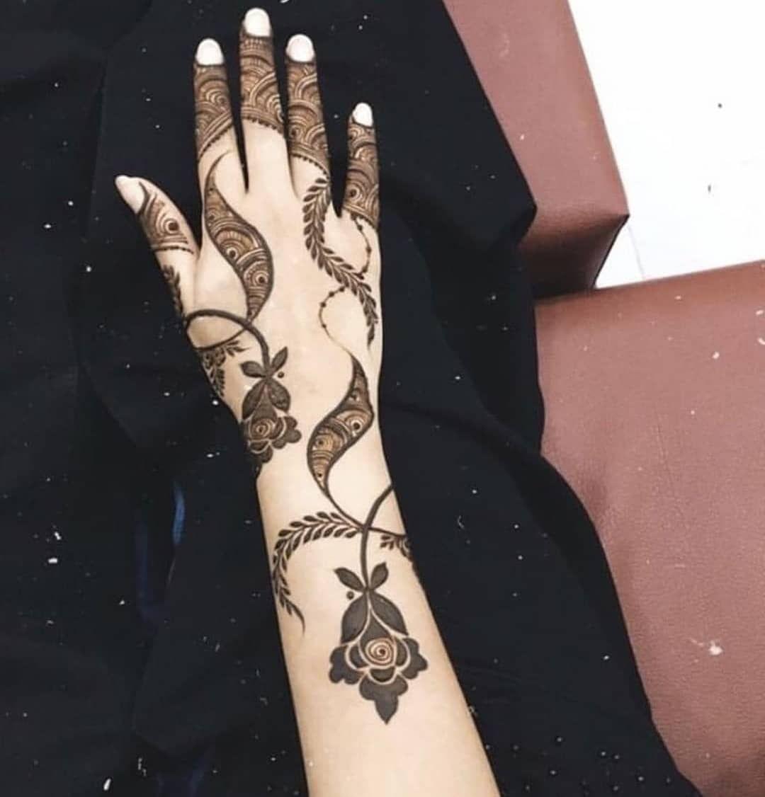 حنه حنا حناء حنة نقش نقش حنا نقش حناء الامارات الشارقة عجمان دبي كشخة نقوش نقشات نقشات حناء حن Floral Henna Designs Beautiful Henna Designs Henna Designs Hand