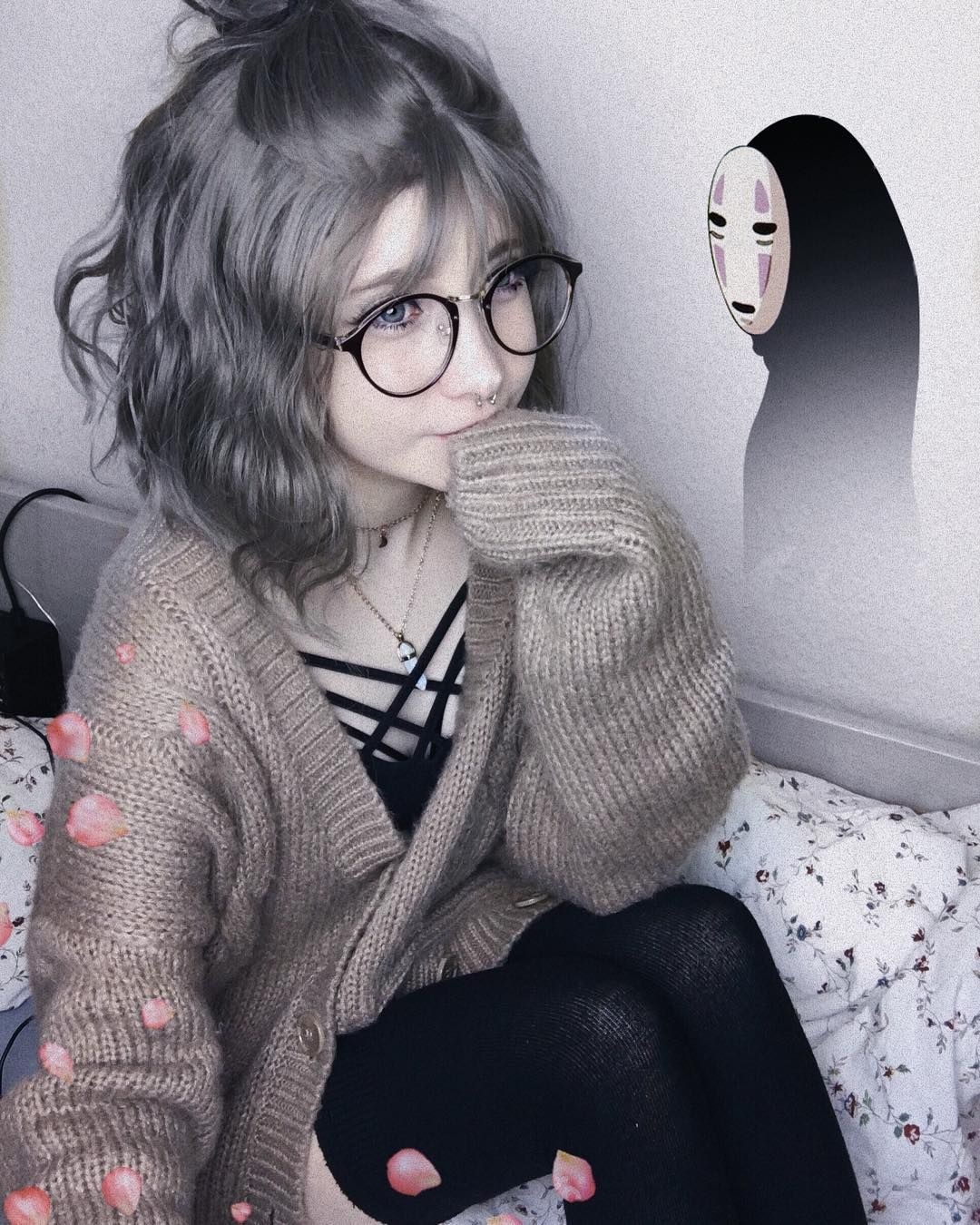 Grunge Cute Anime Girl Aesthetic