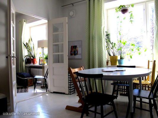 Cosy kitchen / Kotoisa keittiö