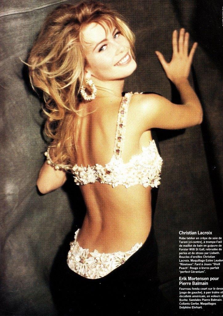Photo of Claudia Schiffer Vogue Paris 1990.