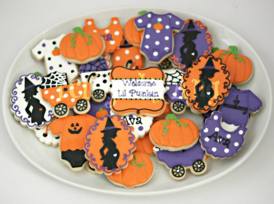 Halloween Themed Baby Shower Cookies.Halloween Baby Shower Omg Look At These Little Cookies Jenn