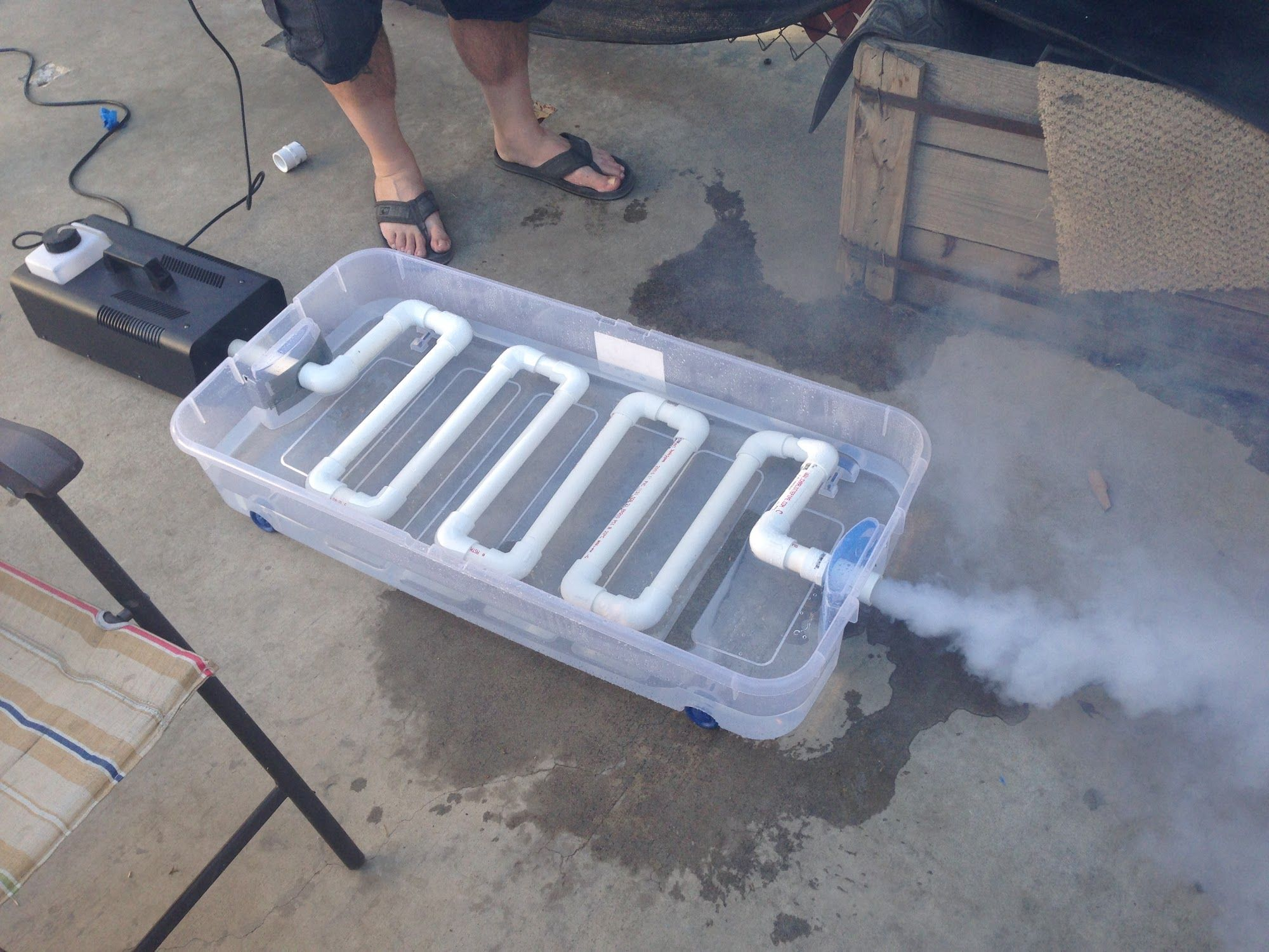 Diy Fog Machine Chiller Just Fill With Ice And Put The Top On