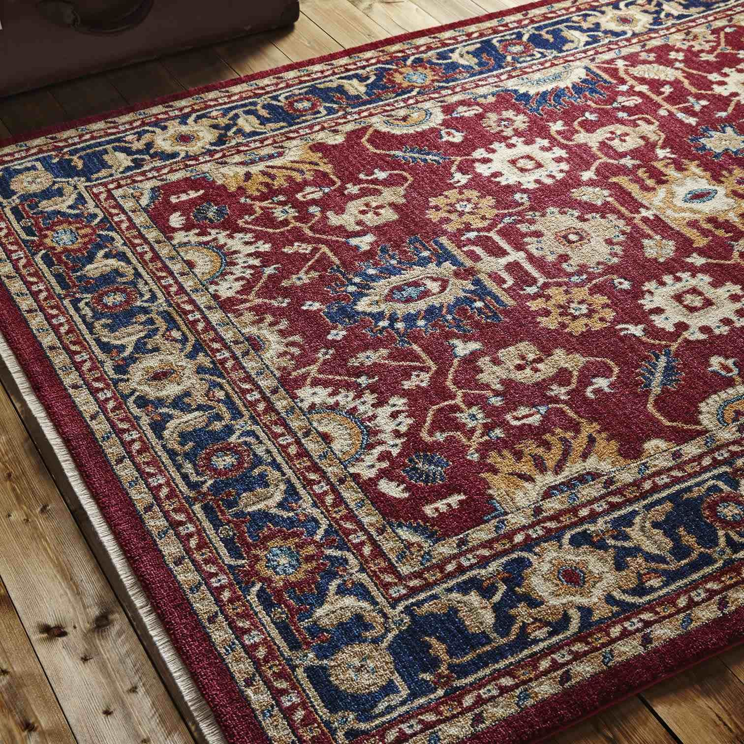 Classic Tabriz Persian Style Rug In Red And Navy Persian Style Rug Navy Rug Persian Rug Designs
