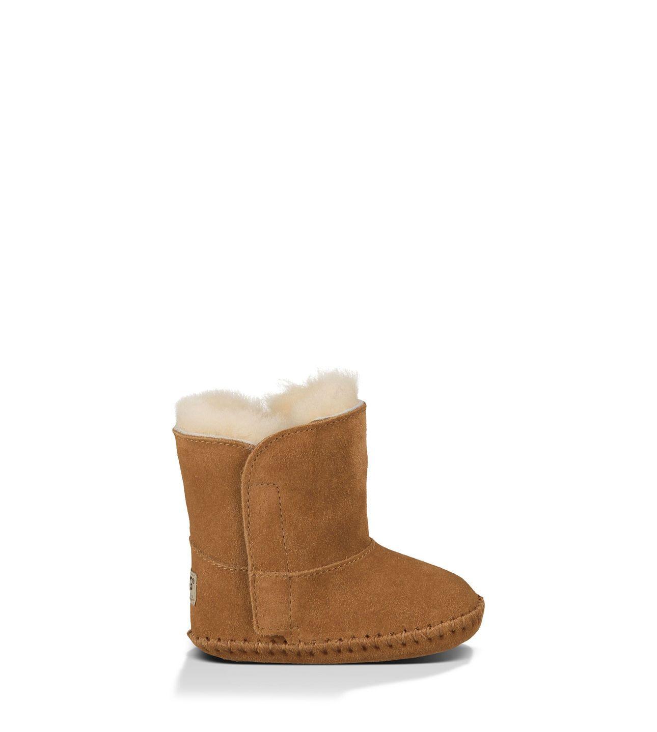 Winter booties for Baby J's tootsies!!