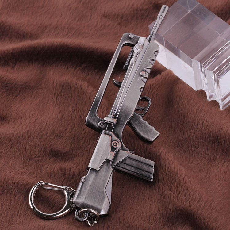 Free shipping Cross Fire CF Rifle Miniature Weapon Model Zinc Alloy Metal Pendant Key Ring Keychain In Box