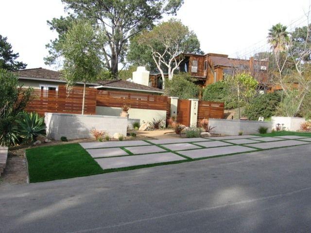 Moderne Architektur Pflastersteine Rasen Beton Holzzaun