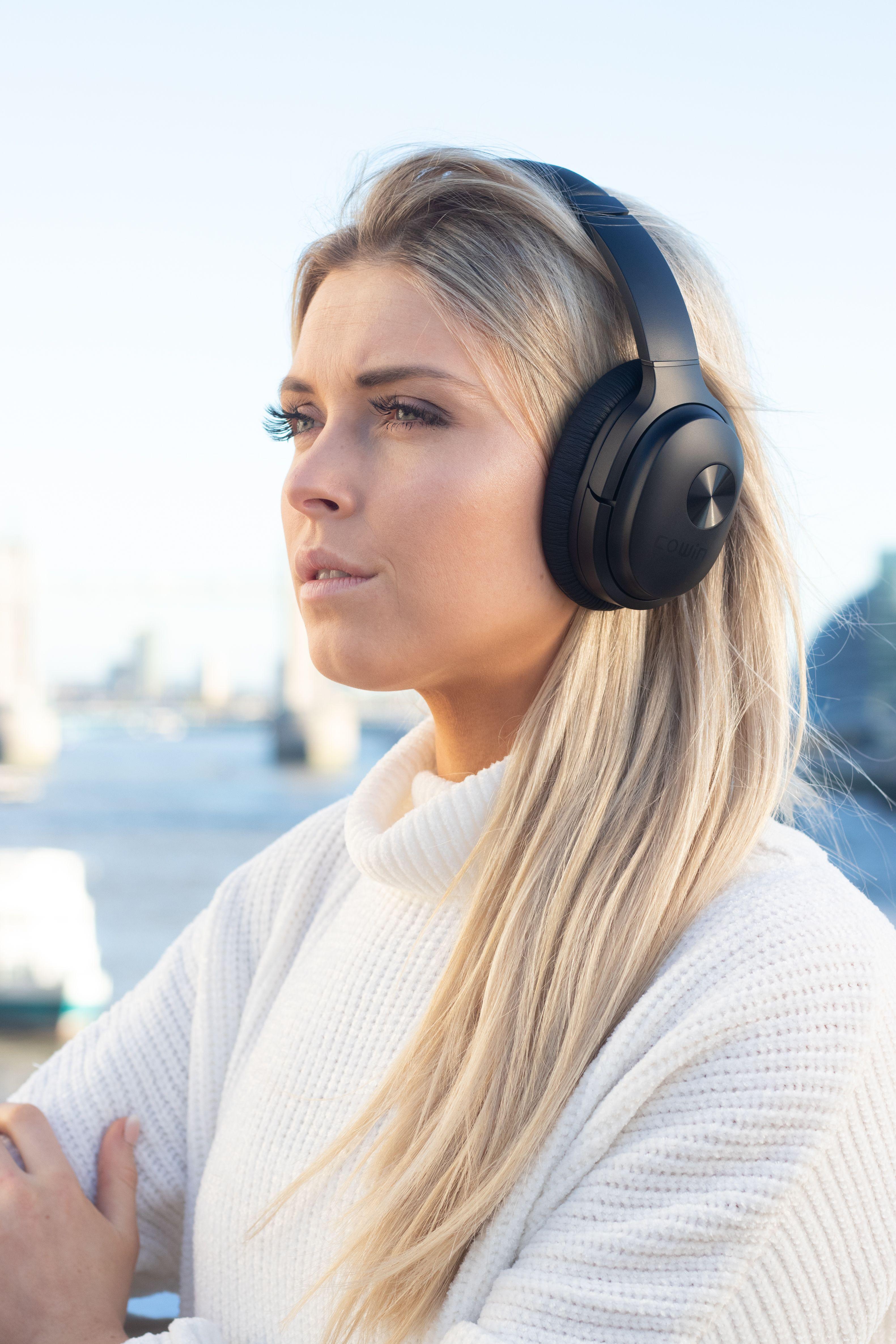 Se7 Foldable Active Noise Cancelling Bluetooth Headphones Active Noise Cancellation Noise Cancelling Headphones