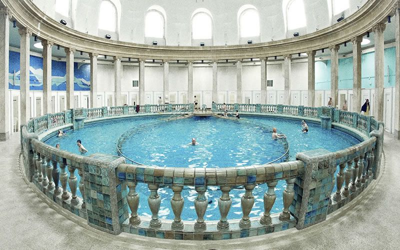 Piscine Ronde Nancy Thermale Nancy Capital Of Lorraine France