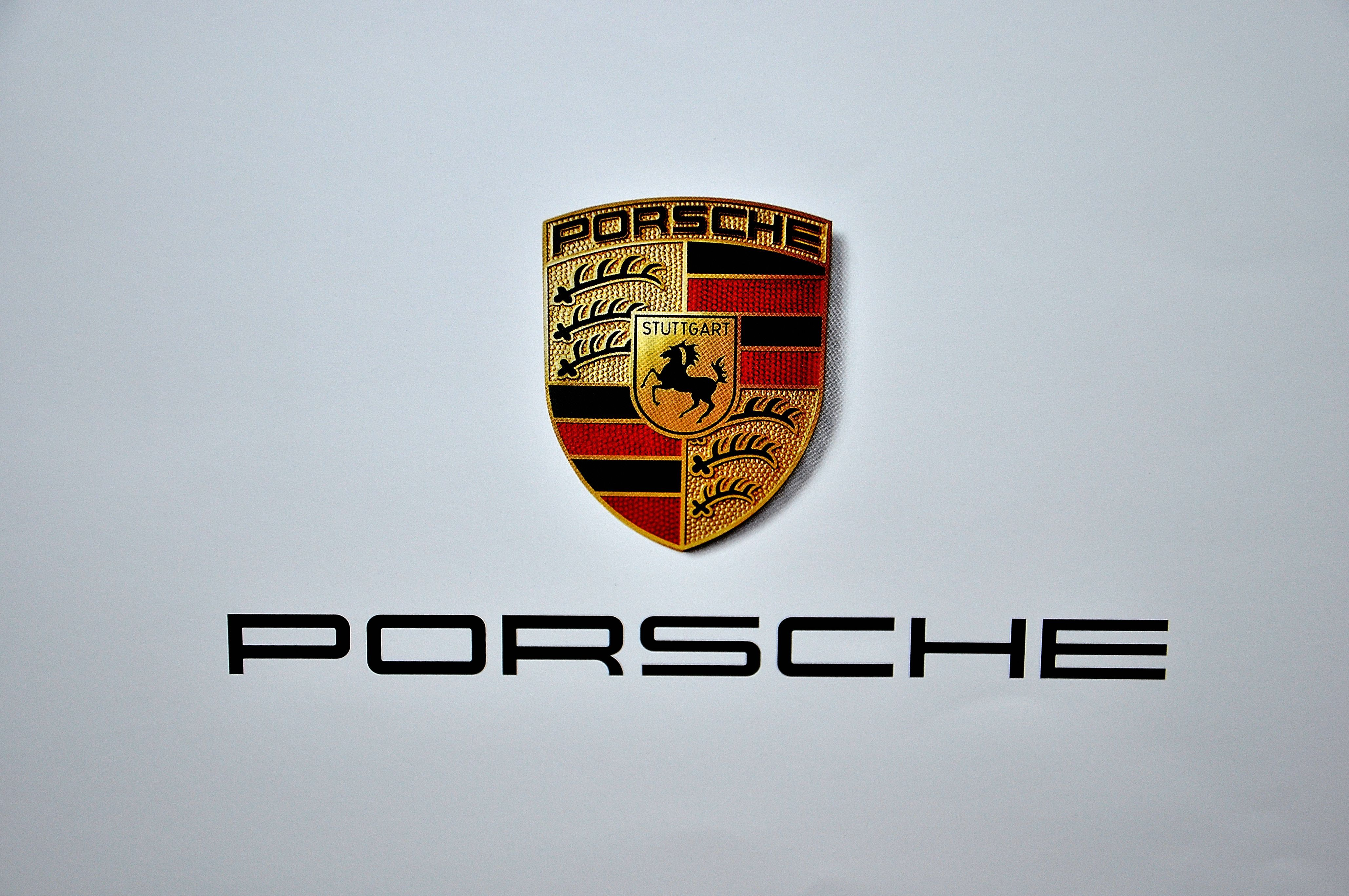 Porsche Logo Android Wallpaper