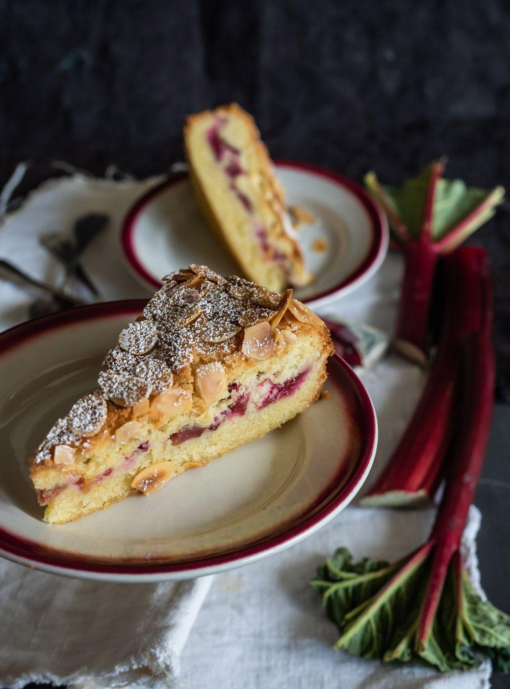 Ruck-Zuck Rhabarberkuchen mit so leckerem Mandelteig - Bakewell Cake