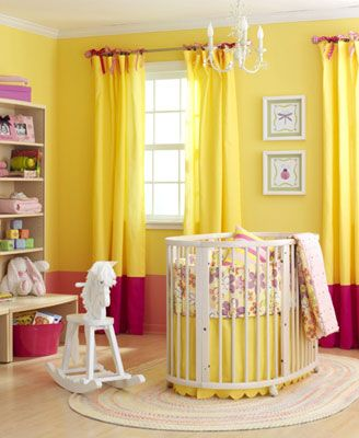 Yellow and fuschia wall with matching curtains. Surprisingly good ...