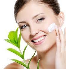 cara merawat wajah secara alami agar terlihat cantik awet muda