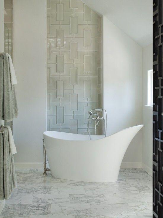 #bathroom Great wall detail