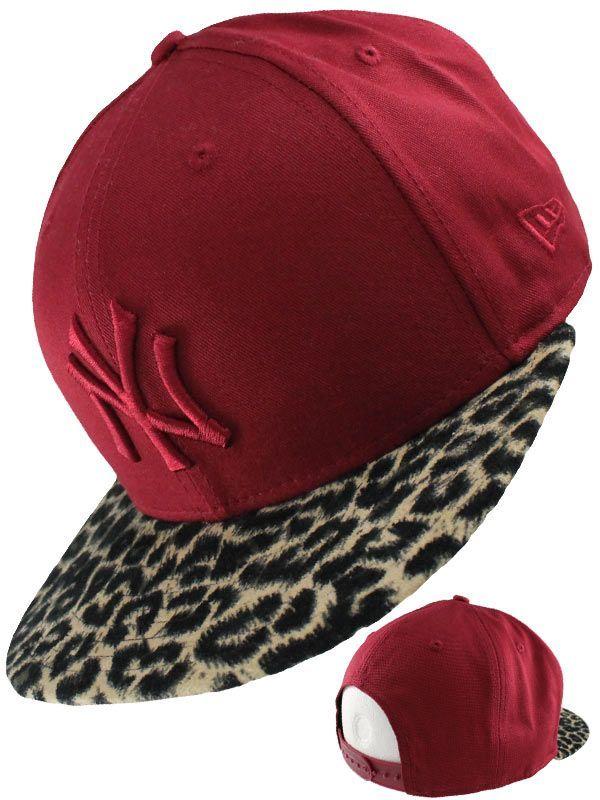 Snapback femme New Era - Casquette femme New Era bordeaux visière léopard  avec logo NY ton ab771096a93