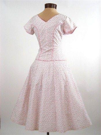 Vestido de impresión swing Rosa Blanco Ojal 1950 de la vendimia del vestido-50 - Blue Velvet Vintage                                                                                                                                                     Más
